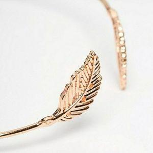 Jewelry - ***WHOLESALE ITEM***Leaf Bracelet